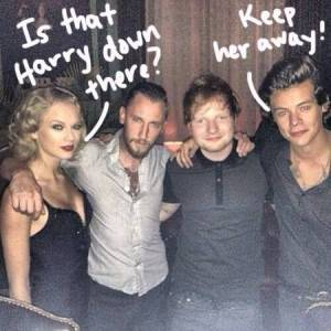 taylor-swift-harry-styles-take-pic-with-ed-sheeran-post-vmas__oPt